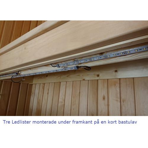 LED-list under bastulav monterad i privat bastu