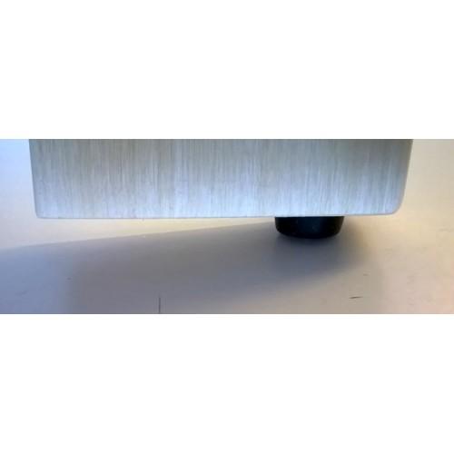 Gummifot låg montage höjd ca 8 mm, halkfri, förhindrar vattenupptag