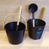 Elegant bastustäva 5 liter i en sober tjärbrun färg med matchande skopa.